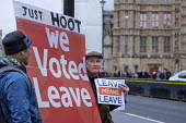 Leave Means Leave. Pro-Brexit protest outide the Houses of Parliament as MPs debate on Brexit deal, Westminster, London. - Philip Wolmuth - 05-12-2018