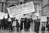Jews protest against Zionism, Foreign Office, London 1982 - NLA - 18-08-1982
