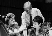 Jonathan Baume FDA serving tea, Womens TUC Blackpool 1987 endeavouring to prove his suitability over his controversial appointment to the women's committee - Stefano Cagnoni - 12-03-1987