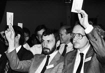 Delegates voting, FDA ADC 1989 - Stefano Cagnoni - 11-05-1989