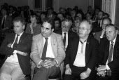 GCHQ Civil Servants sacked for refusing to give up union membership, London 1991, listening to the FDA sponsored GCHQ lecture given by Brenda Dean Gen Sec of SOGAT. Mike Grindley (R) Liz Symonds FDA G... - Stefano Cagnoni - 07-03-1991
