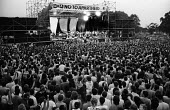 Peter Gabriel, Artists Against Apartheid free music festival Clapham Common London 1986. After a March and Rally in London against apartheid in South Africa artists stage a free concert in support of... - Stefano Cagnoni - 28-06-1986