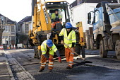 Road Maintenance workers repairing the road, Bristol - Paul Box - 23-01-2019