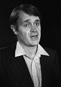 Playwright Howard Brenton 1981 at a meeting to set up a defence fund for the 1968 Theatres Act which abolished censorship in the theatre and against prosecution for gross indecency by Mary Whitehouse... - Martin Mayer - 24-11-1981