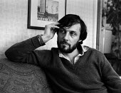 Film and television director Roland Joffe, London 1981 - NLA - 1980s,1981,ACE,adult,adults,Arts,Culture,director,DIRECTORS,film director,interview,INTERVIEWED,INTERVIEWER,INTERVIEWING,interviews,London,Roland Joffe,television director