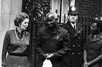 Margaret Thatcher and Pres Kenneth Kaunda of Zambia, Downing Stree, London. 1983 - NLA - 1980s,1983,African,Africans,CONSERVATIVE,Conservative Party,conservatives,Margaret Thatcher,POL,political,POLITICIAN,POLITICIANS,Politics,President Kenneth Kaunda,UNIP,Zambia,Zambian,Zambians