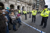 Police officers cordon off roads near Houses of Parliament in security alert involving a suspicious vehicle near Westminster Bridge, London. - Jess Hurd - 2010s,2019,adult,adults,alert,blocked,Bridge,cities,City,CLJ,closed,closing,closure,closures,cordon,Counter Terrorism,Crime,evacuate,evacuating,evacuation,force,highway,Houses,incident,incidents,Londo
