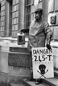 Protest against the use of the herbicide 245T, MAFF, London, 1983 Protest at the refusal of the government to ban the chemical which contains dioxin. The agricultural workers union (NUAW) led the camp... - NLA - 1980s,1983,245T,activist,activists,against,agent orange,agricultural chemicals,agrochemicals,birth deformities,CAMPAIGN,campaigner,campaigners,CAMPAIGNING,CAMPAIGNS,chemical,chemicals,DEMONSTRATING,DE