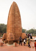 Monument to dead of The Amritsar massacre, Jallianwala Bagh, India. Troops of the British Indian Army under the command of Colonel Reginald Dyer fired rifles into a crowd of Indians who had gathered i... - Martin Mayer - 31-10-2018
