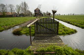 Broek in Waterland, North Holland, Netherlands - Jess Hurd - 2010s,2019,agricultural,agriculture,Broek in Waterland,canal,canals,capitalism,country,countryside,drainage,drained,EBF,Economic,Economy,field,fields,gate,gates,holiday,holidaymaker,holidaymakers,holi
