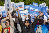 Warren, Michigan, USA, Supporters cheering, Bernie Sanders campaigning for President, Macomb County - Jim West - 2010s,2019,2020,2020 campaign,2020 election,american,americans,BAME,BAMEs,Bernie Sanders,Black,Black and White,BME,bmes,campaign,campaigning,CAMPAIGNS,candidate,candidates,cheering,DEMOCRACY,Democrati