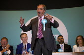 Nigel Farage speaking, Brexit Party rally, Willenhall, Wolverhampton - John Harris - 17-05-2019