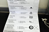 Voting for The Brexit Party, 2019 European Union election vote cast by a working class pensioner in Islington, north LondonVoting for The Brexit Party, 2019 European Union election vote cast by a work... - Stefano Cagnoni - 23-05-2019