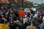 Shakeel Afsar speaking, protest against LGBT education, Anderton Park Primary School, Birmingham - John Harris - 2010s,2019,activist,activists,against,anti gay,antigay,BAME,BAMEs,Belief,Birmingham,Black,BME,bmes,campaigner,campaigners,CAMPAIGNING,CAMPAIGNS,child,CHILDHOOD,children,communicating,communication,con