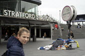 Homeless, Stratford Station, Newham East London - Jess Hurd - 2010s,2019,adult,adults,cities,City,COMMUTE,commuter,commuters,COMMUTING,concourse,east end,excluded,exclusion,HARDSHIP,homeless,homelessness,impoverished,impoverishment,INEQUALITY,London,Marginalised