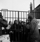 Imperial Typewriters factory occupation Hull 1975. Striking workers occupy their factory resisting its closure by an American multinational - John Sturrock - 21-02-1975