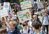 School students strike against climate change and airport expansion, Bristol - Paul Box - 21-06-2019