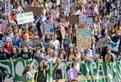 School students strike against climate change and airport expansion, Bristol - Paul Box - 2010s,2019,activist,activists,against,anti,CAMPAIGN,campaigner,campaigners,CAMPAIGNING,CAMPAIGNS,child,CHILDHOOD,children,Climate Change,DEMONSTRATING,Demonstration,DEMONSTRATIONS,environment,Environm