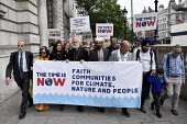 The Time Is Now - Christian Aid protest and lobby of Parliament calling for urgent action on climate change. Ex Archbishop of Cantebury Rowan Williams joins multifaith leaders at the head of the march... - Stefano Cagnoni - 26-06-2019