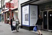 High Street store closures. H and M, Marks and Spencers store on Holloway Road north London closed whilst neighbouring Charity shops Shelter and British Heart Foundation remain open.High Street store... - Stefano Cagnoni - 19-06-2019