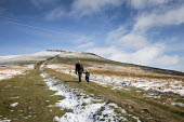 Family walking up The Sugar Loaf mountain, Abergaveny, Wales - Paul Box - 2010s,2019,access,adult,adults,boy,boys,child,CHILDHOOD,children,country,countryside,families,Family,footpath,footpaths,holiday maker,holiday makers,holidaymaker,holidaymakers,juvenile,juveniles,kid,k