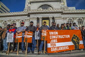 Oakland, California, USA, May Day Construction workers protest non-union construction - David Bacon - 01-05-2019