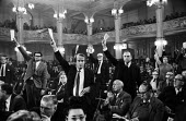 Delegates wanting to speak, Labour Party Conference Blackpool 1965 - Romano Cagnoni - 27-09-1965