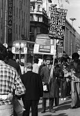 Stanley Green known as the Protein Man with his famous placard on Oxford Street London 1982. For 25 years, from 1968 until 1993, Green walked Oxford Street with a placard recommending Protein Wisdom,... - Stefano Cagnoni - 06-07-1982