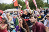 Jeremy Corbyn supporter, Tolpuddle Martyrs Festival, Dorset. - Jess Hurd - 2010s,2019,Dorset,Festival,FESTIVALS,Jeremy Corbyn,member,member members,members,PEOPLE,supporter,supporters,t shirt,t shirts,Tolpuddle Martyrs Festival,Tolpuddle Martyrs' Festival,Trade Union,Trade U