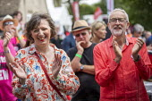 Jeremy Corbyn and Frances O'Grady TUC, Tolpuddle Martyrs Festival, Dorset. - Jess Hurd - 2010s,2019,applauding,applause,Dorset,FEMALE,Festival,FESTIVALS,Frances O'Grady,Gen Sec,Jeremy Corbyn,Labour Party,member,member members,members,MP,MPs,PEOPLE,person,persons,politician,politicians,pro