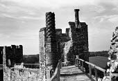 Ramparts, wall walk, Framlingham Castle Suffolk 1957 - Kurt Hutton - 1950s,1957,ACE,Ancient Monument,building,buildings,Castle,country,countryside,Culture,English heritage,ENI,environment,environmental Issues,Framlingham Castle,grade 1,grade one,heritage,landscape,LAND