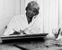 Artist Mary Potter in her studio, Crag House, Aldeburgh 1958 - Kurt Hutton - 14-04-1958