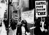 Chile Solidarity Campaign protest 1978 at Lloyds Bank investment in the fascist Chile regime led by General PinochetChile Solidarity Campaign protest 1978 at Lloyds Bank investment in the fascist Chil... - Ian McIntosh - 18-04-1978