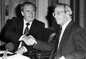 Ron Todd (L), the newly elected TGWU gen sec with Moss Evans, the out going, press conference, London 1984 - NLA - 26-06-1984