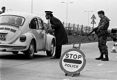 Joint Army-police operation occupying Heathrow Airport 1974 set up road blocks in response to a security threat from the IRA - Martin Mayer - 13-03-1975