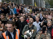 Protestors sing along with Roger Waters of Pink Floyd performing Wish You Were Here. Protest against threatened extradition of imprisoned WikiLeaks journalist Julian Assange, Home Office, London - Stefano Cagnoni - 02-09-2019