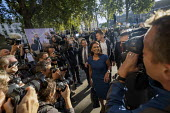 Gina Miller arriving at the Supreme Court for the legal challenge to the proroguing of Parliament, Westminster, London - Jess Hurd - 2010s,2019,activist,activists,against,ARRIVAL,arrivals,arrive,arrives,arriving,BAME,BAMEs,Black,BME,bmes,Brexit,camera,cameras,CAMPAIGNING,CAMPAIGNS,communicating,communication,Court,DEMONSTRATING,Dem