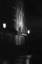 Balcombe Street siege, 1975 Armed police arresting surrendering IRA member, Marylebone, London - Peter Arkell - 12-12-1975