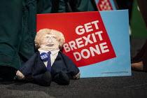 Get Brexit Done. Conservative Party Conference, Manchester, 2019 - Jess Hurd - 2010s,2019,Boris Johnson,Brexit,Conference,conferences,Conservative,Conservative Party,Conservative Party Conference,conservatives,effigy,Manchester,Party,POL,political,POLITICIAN,POLITICIANS,Politics