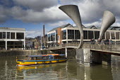 Ferry boat, Harbourside, Pero's bridge, Bristol - Paul Box - 23-02-2016