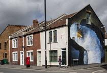 Seagull mural by Boe & Irony UPFEST 2018, Bristol - Paul Box - 03-08-2017