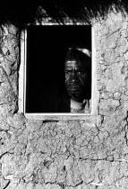Elderly Mozambican refugee, refugee camp Zimbabwe, 1984 - Masanori Kobayashi - 03-05-1984