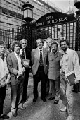 Jeremy Corbyn (2nd R) Tam Dalyell, Dennis Skinner (C) 1985 No. 7 Rolls Buildings, High Court complex, Fetter Lane, City of London - NLA - 1980s,1985,activist,activists,against,Buildings,CAMPAIGNING,CAMPAIGNS,cities,City,City of London,Court,DEMONSTRATING,Demonstration,Dennis Skinner,Fetter Lane,High Court,Jeremy Corbyn,Labour Party,Lond