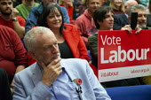 Jeremy Corbyn Labour Party Election Campaign Rally Gloucester - John Harris - 2010s,2019,audience,AUDIENCES,campaign,campaigning,CAMPAIGNS,DEMOCRACY,Election,elections,General Election,Jeremy Corbyn,Labour Party,MP,MPs,Party,POL,political,politician,politicians,Politics,rallies