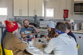 Hanksville, Utah, USA: Mars Desert Research Station. Researchers simulate living on Mars. 'Expedition Boomerang' brought Australian researchers to the station who are eating lunch. - Jim West - 13-11-2019