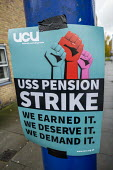 Queen Mary University of London UCU USS Pension strike picket line, Tower Hamlets, East London. - Jess Hurd - 2010s,2019,DISPUTE,disputes,EARNINGS,East London,Income,Industrial dispute,London,Low Pay,Low Income,low paid,Low Pay,member,member members,members,Pension,pensions,picket,Picket Line,picketing,picket