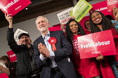 Jeremy Corbyn speaking, general election rally, Hoxton Docks, Hackney, East London. - Jess Hurd - 2010s,2019,BAME,BAMEs,Black,Black and White,BME,bmes,campaign,campaigning,CAMPAIGNS,Dawn Butler,DEMOCRACY,diversity,DOCK,Docks,East London,election,elections,ethnic,ethnicity,eve of poll,FEMALE,Genera