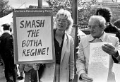 Vanessa Redgrave and David Kitson, 1985. 24 hour Anti Apartheid picket, South African Embassy, Trafalgar Square, London. Kitson had recently been freed from a South African prison - NLA - 07-06-1985