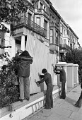 Barricades going up, Elgin Avenue squat, Paddington, North London, 1975 in preparation for an eviction attempt - NLA - 12-10-1975