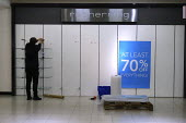 Debenhams store closing down sale, last day, The Fort Shopping Centre, Birmingham - John Harris - 11-01-2020